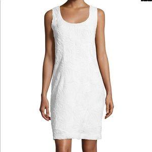 Josie Natori Sleeveless 3-D Lace Sheath Dress Sz M